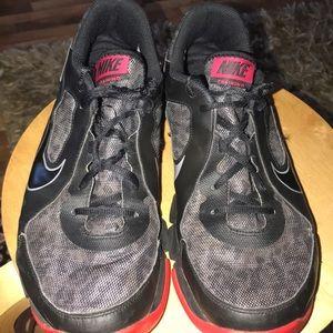 f3fc5efcd445 Nike Shoes - Nike Training Shoes (Bin 22)